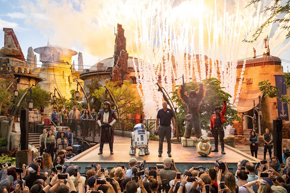Star Wars: Galaxy's Edge inaugura no parque Hollywood Studios da Disney