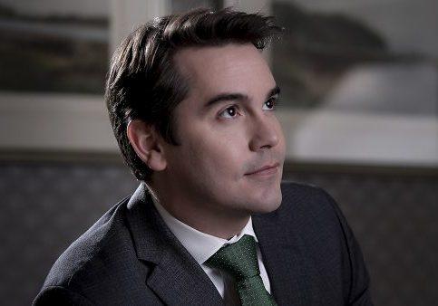 Dr Gustavo,